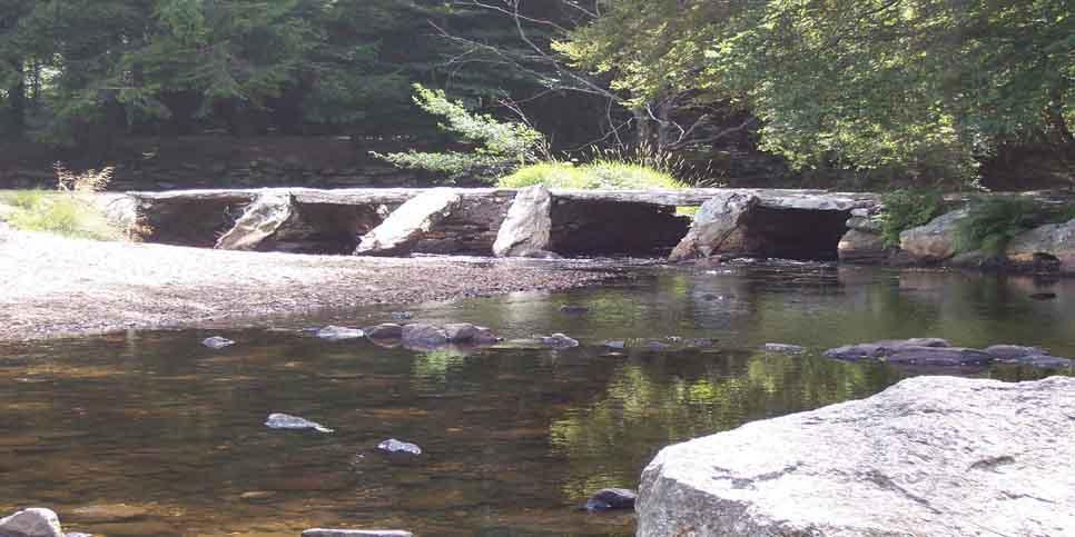 """Pont romain appelé """"planque"""""""
